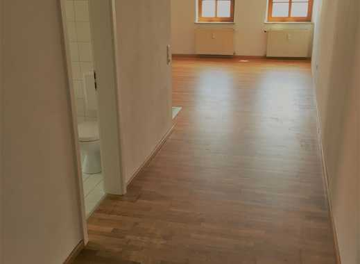 Günstige 2-Zimmerwohnung in Tüßling in zentraler Lage