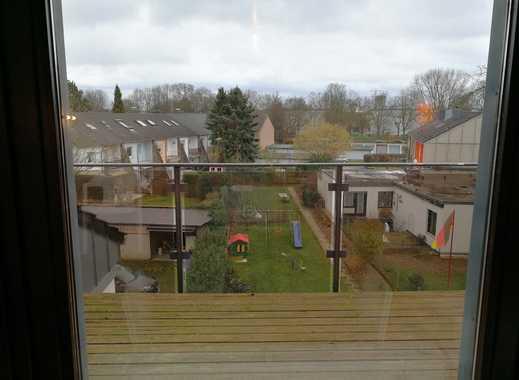 Gemütliche Löffelfertige Dachgeschoss Wohnung mit Balkon