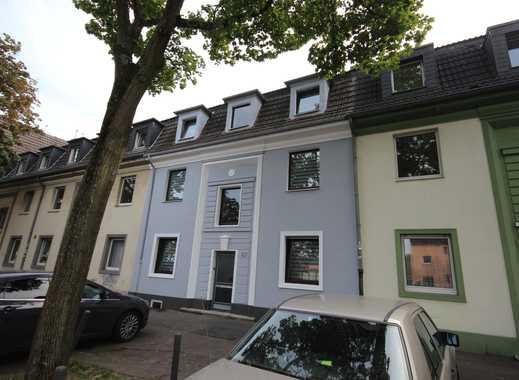 2 neue Mitbewohner gesucht in einer 3 WG Bestlage Lage in Raderthal!