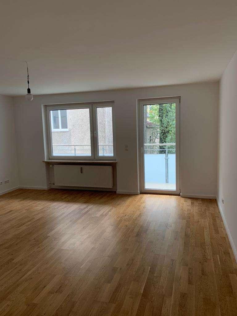 **1A-Lage** MAXVORSTADT- Ruhige 4 Zi-Wohnung, ca. 116 m² mit 2 gr. Balkonen, im 2.OG in Maxvorstadt (München)