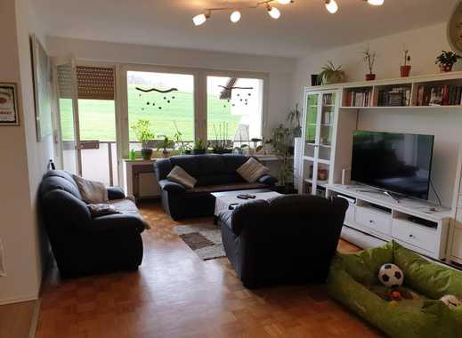 Neuwertige 3,5-Zimmer-Wohnung mit Balkon und Einbauküche in Hattinge
