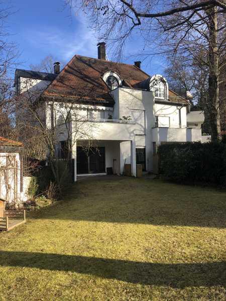 Schöne 4 Zimmer Wohnung mit herrlichem Garten in Harlaching (befristet, bei Bedarf möbliert) in Harlaching (München)