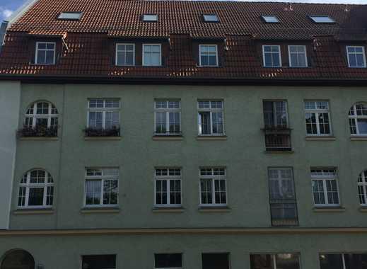 Offene, gepflegte 2-Zimmer-Dachgeschosswohnung in Erfurt Altstadt
