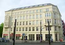 Bild PROVISIONSFREI - Attraktive Einzelhandelsfläche am Hackeschen Markt mit großer Fensterfront!!