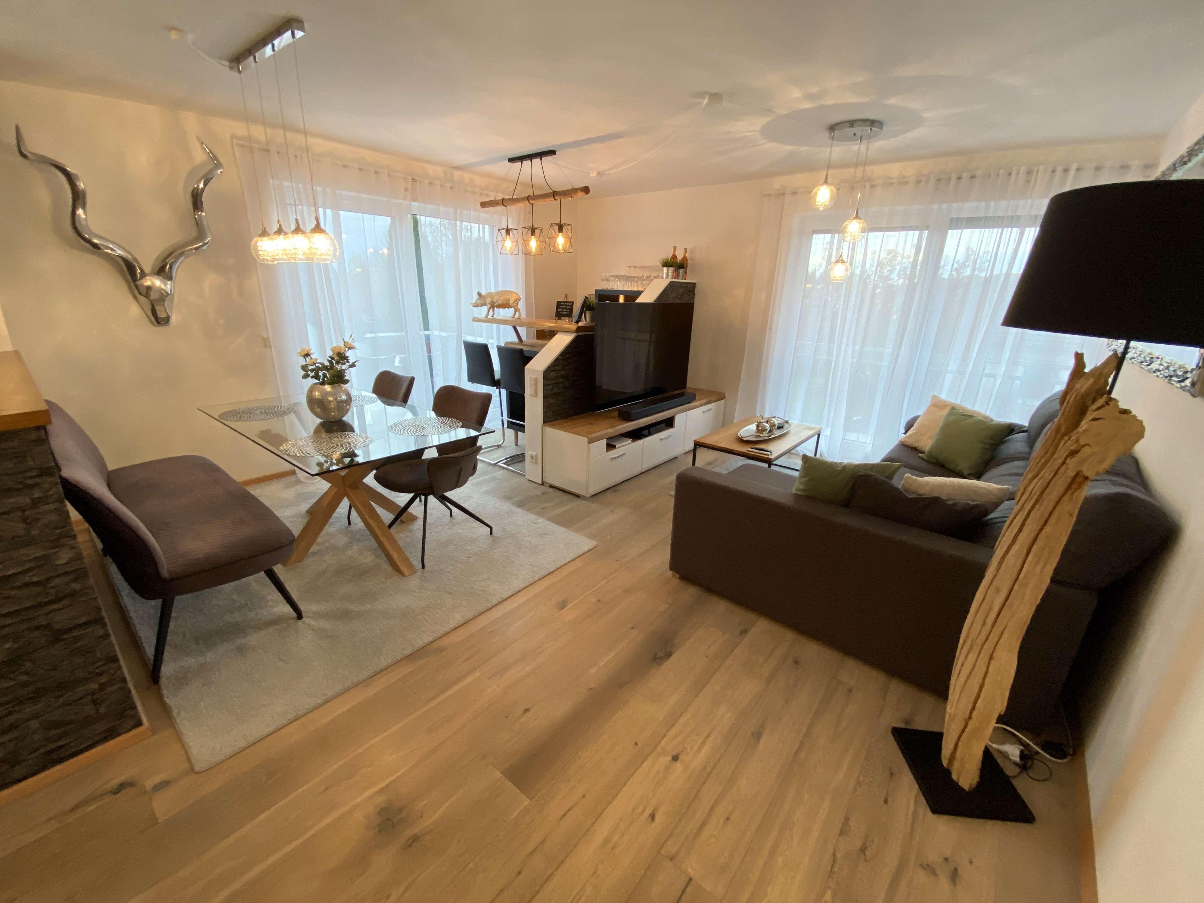 Helle & freundliche 4-Zimmer Wohnung  Nähe Audi, GVZ (verkehrsberuhigt) in Gaimersheim
