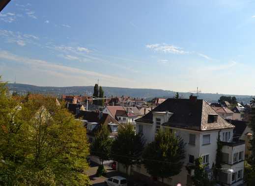 Schöne 4-Zimmerwohnung mit Blick Nähe Hölderlinplatz