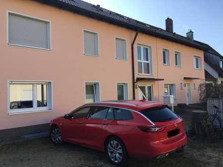 Gepflegte 2-Zimmer-EG-Wohnung mit Terrasse und EBK in Nürnberg, Falkenheim in Trierer Straße (Nürnberg)