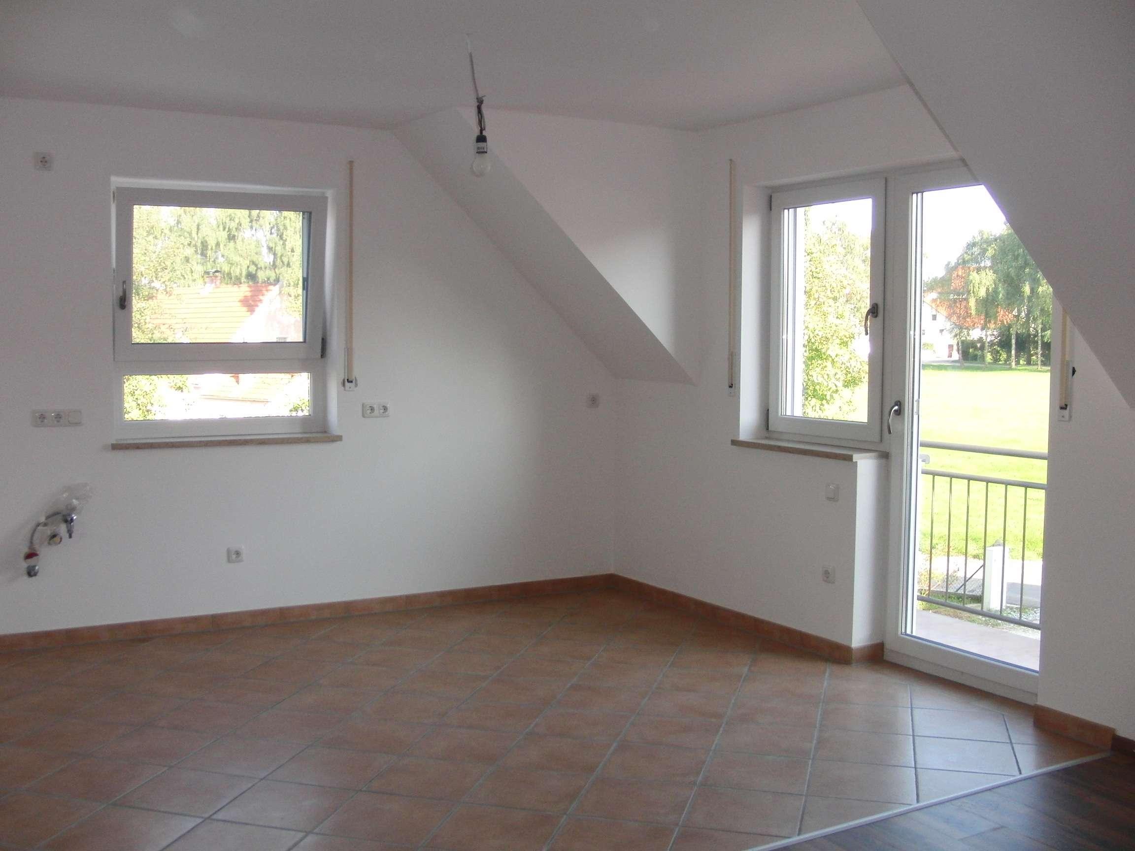 Gepflegte 3-Zimmer-Maisonette-Wohnung mit Balkon und Schwedenofen in Reichenkirchen in Fraunberg