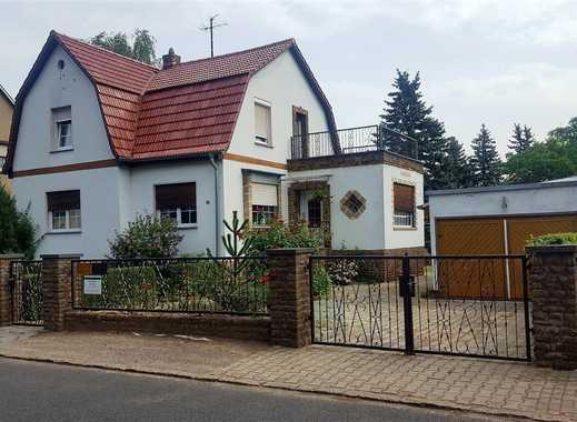 charmantes Einfamilienhaus mit Hinterhaus und Platz für 2 Generationen in Engelsdorf