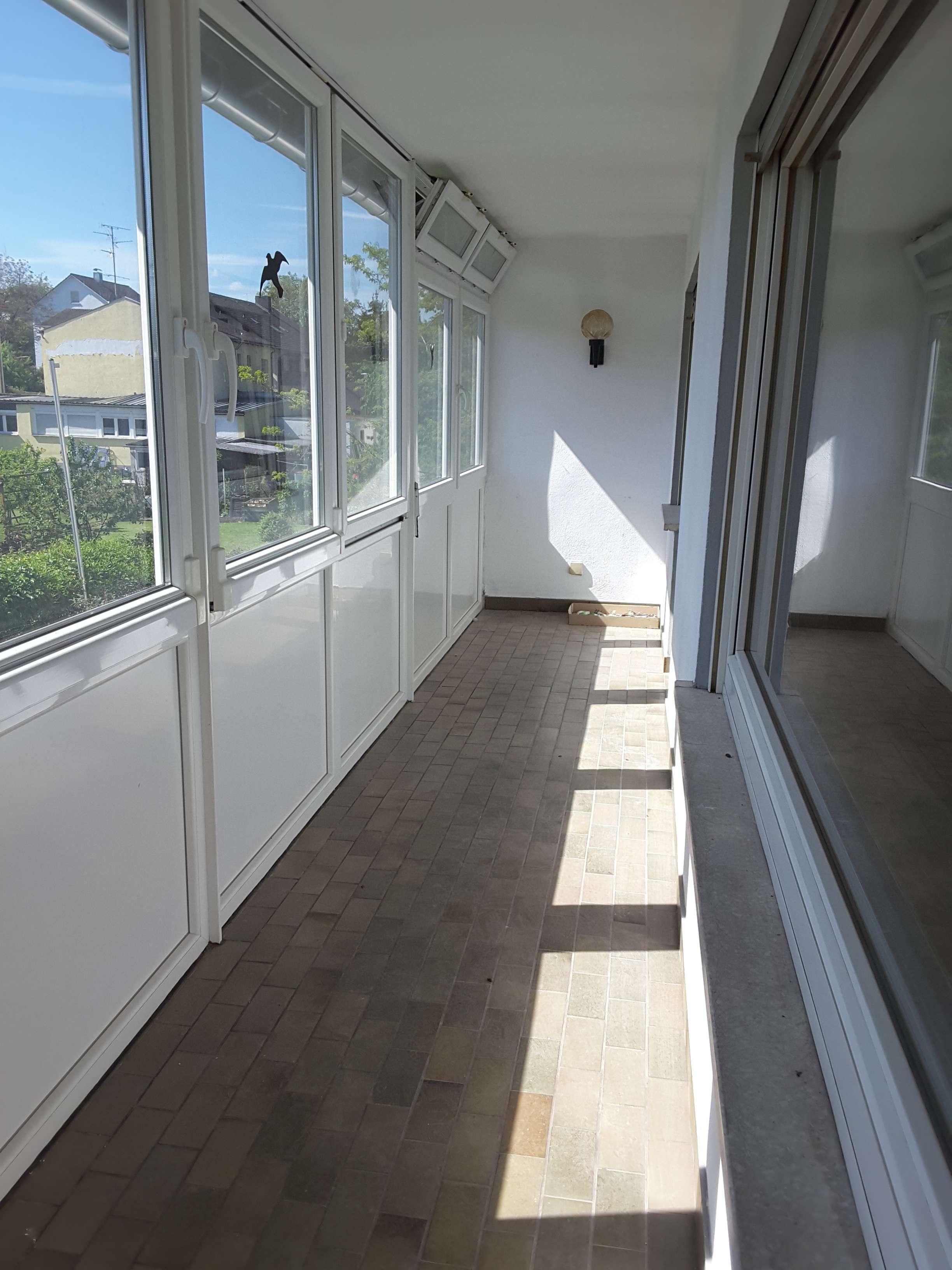 Großzügige 4-Zimmer-Wohnung mit Balkon in Großostheim