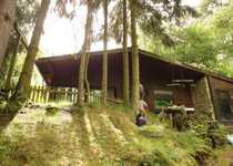 Wochenendhaus im alten Weinberg voll