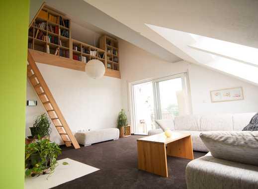 Neuwertige 3,5-Zimmer-DG-Wohnung mit Balkon und Einbauküche in Unterstall