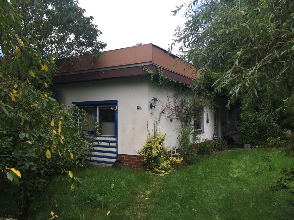 Kleines Haus in Wohlenrode! Anfragen bitte via Email !
