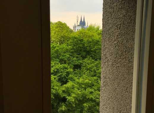 Mieter für neue 2er WG auf 100m² in heller Altbauwohnung und super Lage am Rhein in Deutz gesucht
