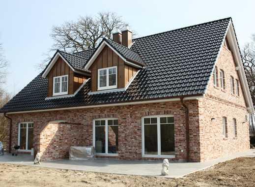 Architektendoppelhaushälfte im Grünen