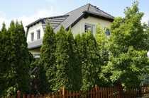 Bild Top-gepflegtes Einfamilienhaus mit wunderschönen Garten und großer Sonnenterrasse