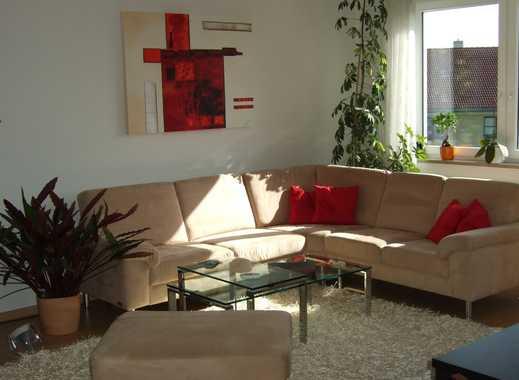 Schöne 3,5 Zimmer Wohnung mit großem Balkon von Privat
