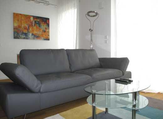 Platz für Drei! 3 Zimmer, 2 Bäder, Balkon - im ruhigen Teil von Friedrichshain