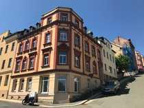 Wohnung in Hochparterre mit Balkon