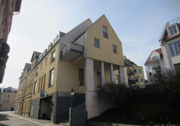 2 Zimmerwohnung im Zentrum von Altenburg zu vermieten!
