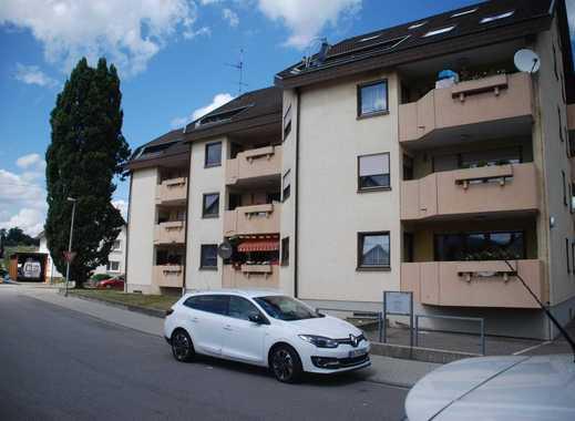Gut gelegenes 17-Familienhaus mit 10 TG-Stellplätzen u. 1291m² Wfl.