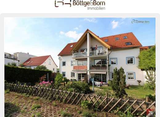 6,01 % RENDITE! Idyllische 3-Zimmer, Blick ins Grüne, Badewanne, Dusche, Gäste-WC, Südbalkon und SP!