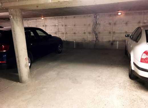 Ebenerdiger Tiefgaragenstellplatz (elektr. Rolltor!) in Plittersdorf zu vermieten!