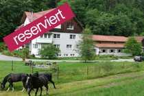 Hochwertiger Landsitz für Pferde- und
