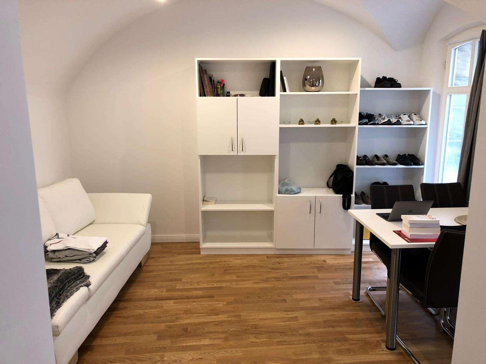 Moderne möblierte 1-Zimmer-Wohnung in der Stadtmitte in