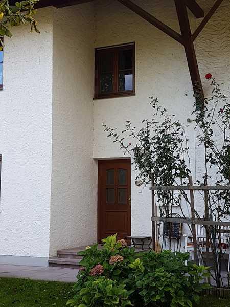 Gepflegte Wohnung mit Ausblick.. in Bruckmühl