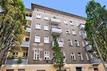 Bild Zentral gelegene 2-Zimmer Altbauwohnung - ab sofort zu vermieten!