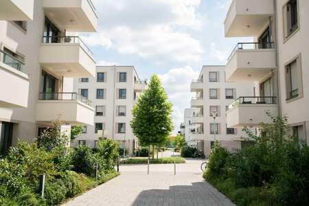 Sonne + Terrasse + Ausblick +  Einbauküche: Schöner Wohnen in München-Neuhausen in Neuhausen (München)