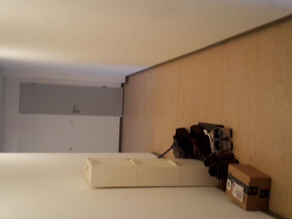 Möbliertes, modernes WG-Zimmer in schönem Wohnheim