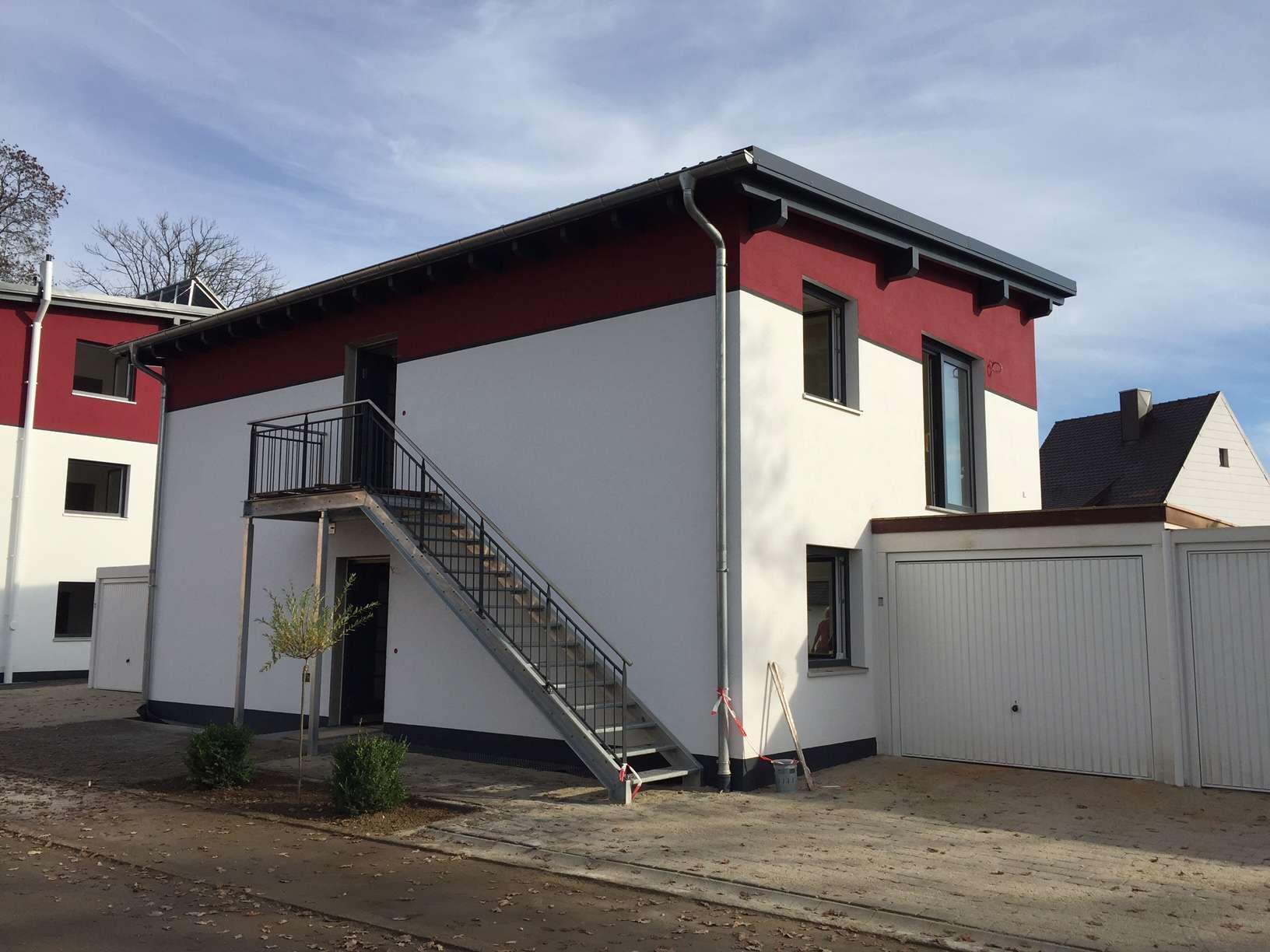 Schöne, neuwertige 3 Zimmer Wohnung mit Balkon in Mirskofen