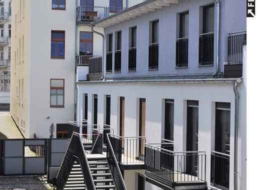 !!TOP!! 4 Zi. Stadthaus, Innenhoflage, Erstbezug, großzügige Dachterrasse, Parket, uvm.