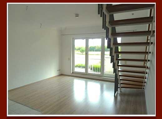 Kleine, chice DG-Maisonette mit Einbauküche, Balkon, Tageslichtbad und TG-Stellplatz zum 15.10.18