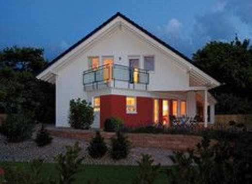 Neubau - sehr schönes Haus mit großem Garten in ruhiger, zentraler Lage von Gersheim!