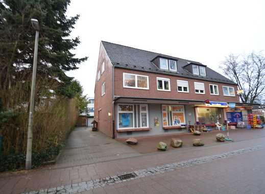 Hübsche 2-Zimmer-Dachgeschosswohnung mit kleinem Balkon am Poppenbütteler Marktplatz!