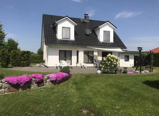 Traumhaftes Einfamilienhaus mit tollem Grundstück