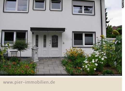 Zweifamilienhaus auf Erbpachtgrundstück in begehrter Lage von Gladbeck