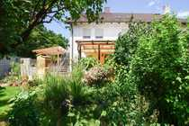 Zweifamilienhaus mit Ausbaureserve im grünen