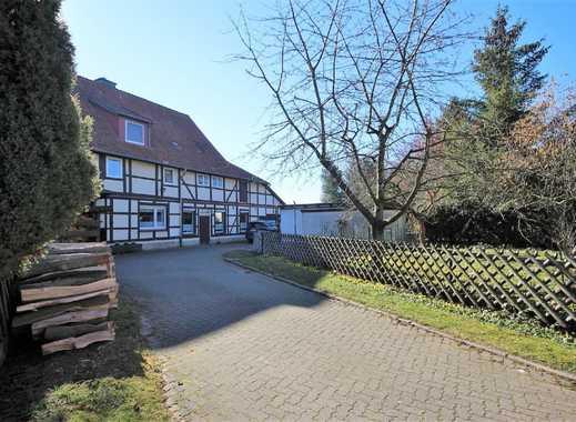 Großes Fachwerkhaus in ländlicher Lage in Gronau OT Barfelde!