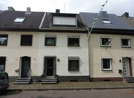 Wohnung über zwei Etagen mit Gartennutzung in Zweifamilienhaus
