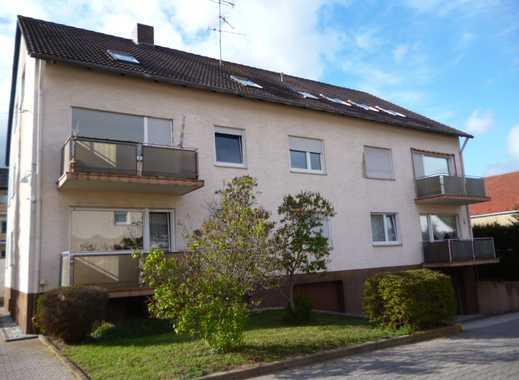 Bald frei!! Nette Wohnung für Einzelperson in Bretzenheim mit Einbauküchenzeile und KFZ Platz