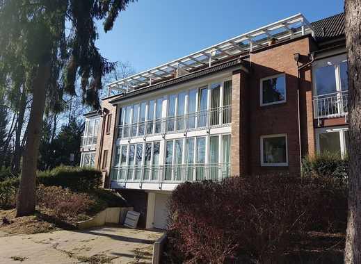 3-Zimmer-Wohnung mit mit großer Fensterfront und hochwertiger Einbauküche
