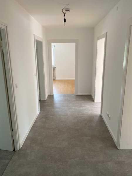 Schöne, renovierte 3-Zimmer-Wohnung mit Balkon in Ramersdorf, München in Ramersdorf (München)