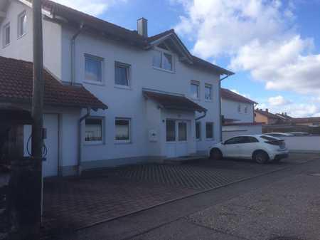 Gepflegte 2-Raum-Erdgeschosswohnung mit Terrasse und Einbauküche in Mettenheim Hart in Mettenheim (Mühldorf am Inn)