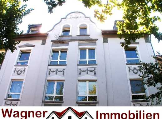 Süße Singlewohnung, NEU RENOVIERT, Wannenbad, im top gepflegten Haus !
