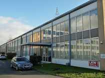 Bild Moderne Bürofläche mit angedienter Lager- und Produktionshalle