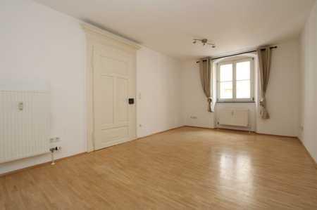 Exklusive, vollständig renovierte 1-Zimmer-Wohnung mit EBK in Regensburg in Regensburg-Innenstadt